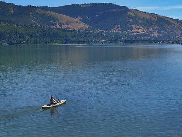Kayaking up the Columbia River towards the Hood River Bridge