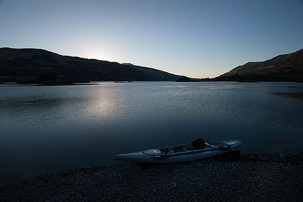 Dawn kayak launch on the Columbia River