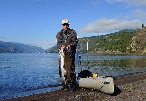 Kayak fishing for Chinook salmon and steelhead on the Columbia River