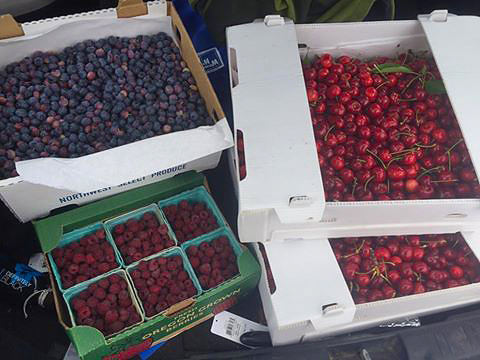 Montavons Berries - Parkdale, OR