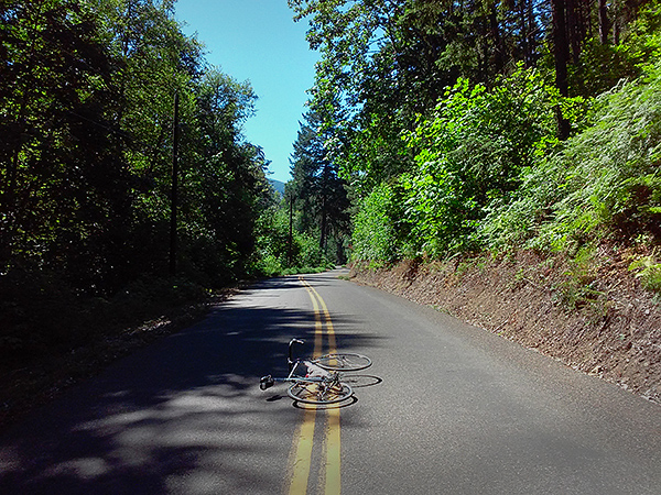 Cycling on the roads of the Cascade Mountain foothills