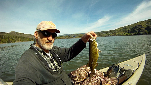 Kayak fishing for smallmouth bass on the Columbia River