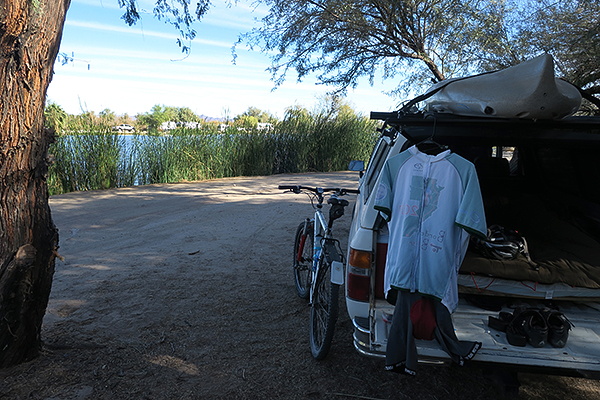Camping at Fortuna Pond near Yuma, AZ