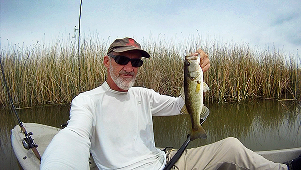 Mittry Lake largemouth bass caught by watermanatwork.com kayak fisherman Ron Barbish.