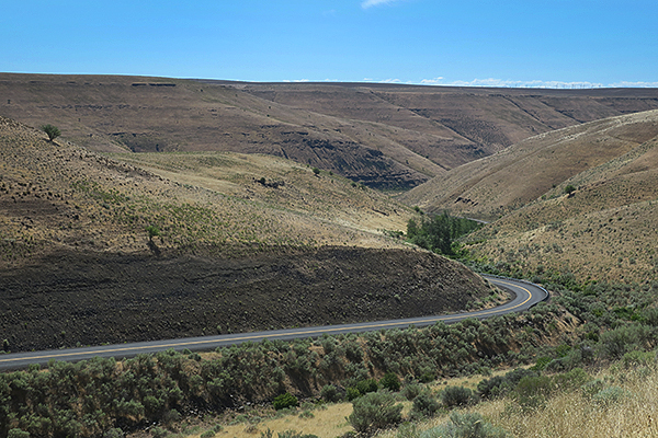 Winding road in the hills of eastern Washington