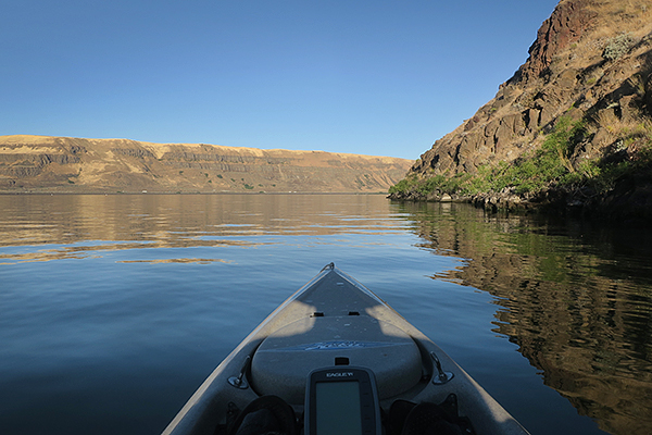 Hot summer morning kayak fishing on the Columbia River in Eastern WA