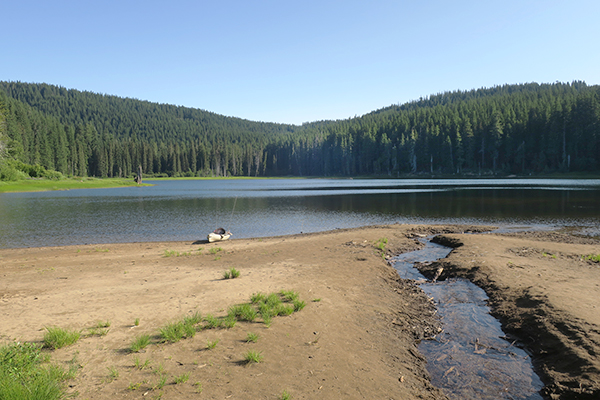 Low summer water level at Goose Lake in the Cascade Mountains of central Washington