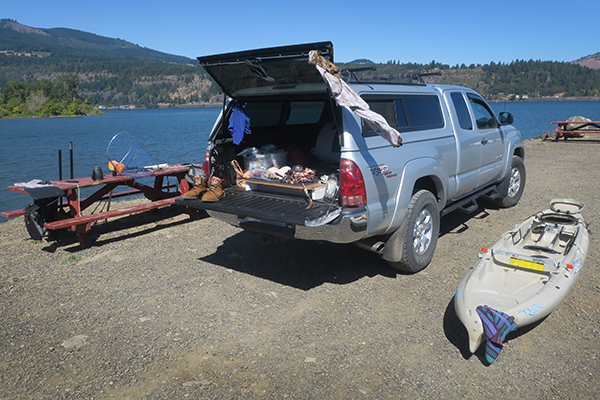 Drying everything out after a wet day of fishing for salmon on the Columbia River