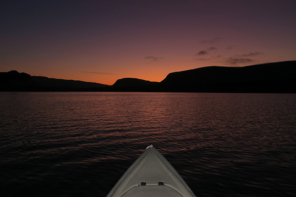 A calm October morning kayak fishing on the Columbia River with watermanatwork.com