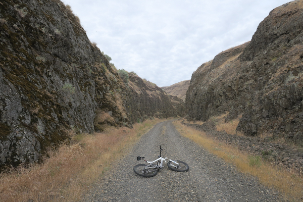 Mountain bike riding in eastern Washington