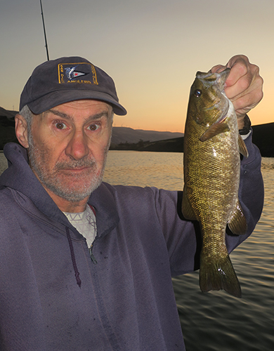 Columbia River smallmouth bass caught by watermanatwork.com kayak fisherman Ron Barbish