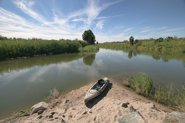 Colorado River kayak fishing launch