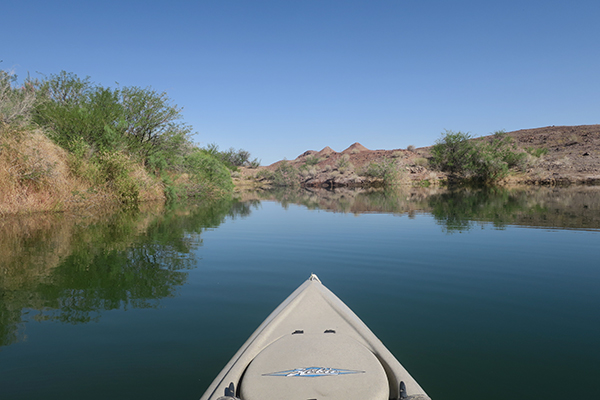 Kayak fishing on the lower Colorado River with watermanatwork.com